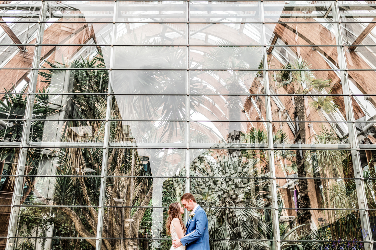 wedding photography at the millennium galleries in Sheffield city centre